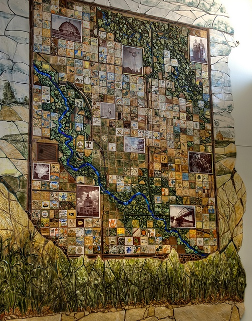 Sonata Kazimieraitiene, Mapping a Sense of Place, Mural at Linn County Community Services Building, photo by Rh+, via Flickr