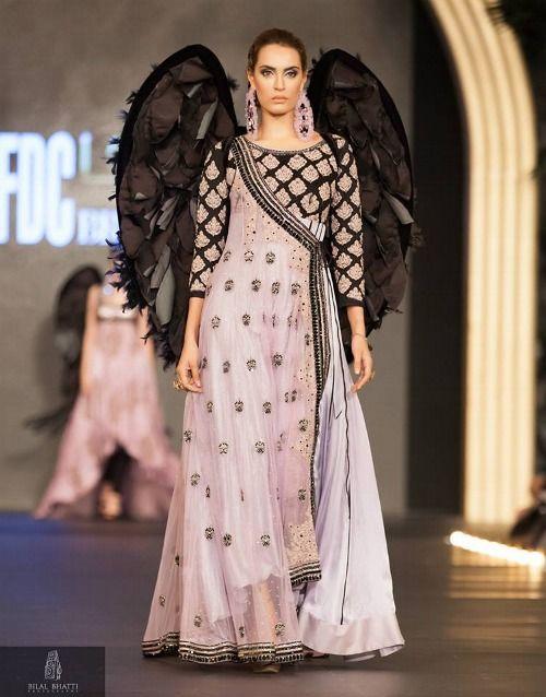 Salwar Kameez - dreiteiliges Kleidungsstck Indische