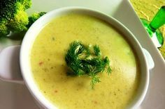 Brokoli Çorbası Tarifi. Brokoli Çorbası nasıl yapılır? Oktay Usta Çorba Tarifleri resimli Brokoli Çorbası Tarifi için tıklayın.
