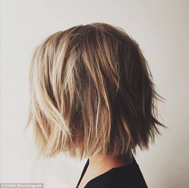 'Make sure it clears the shoulders': Her hairdresser Kristin Ess shared a photo of her hair on Friday