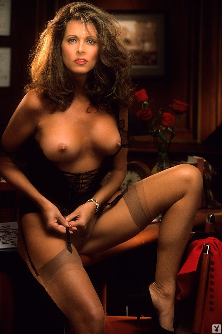 barbra-carrere-naked-manny-barbie-nude-busty-pics