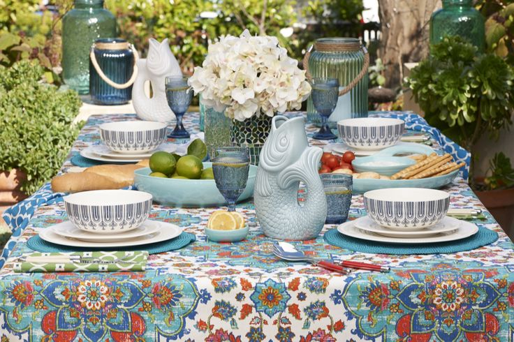 Mediterranean collection: it's all about alfresco dining and outdoor entertaining #tabletop #bedbathntable