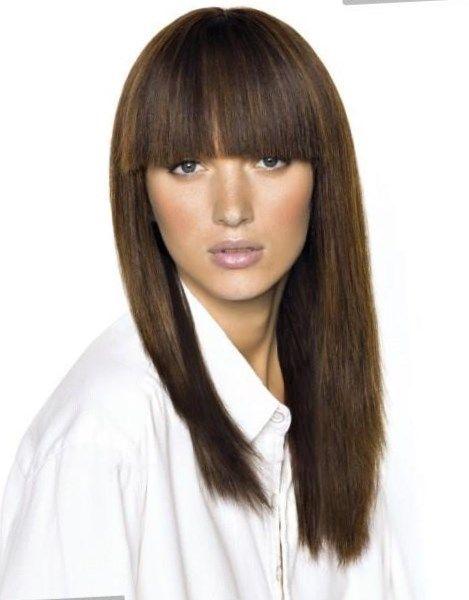 Женские стрижки на длинные волосы с челкой - http://popricheskam.ru/82-zhenskie-strizhki-na-dlinnye-volosy-s-chelkoj.html. #прически #стрижки #тренды2017 #мода #волосы