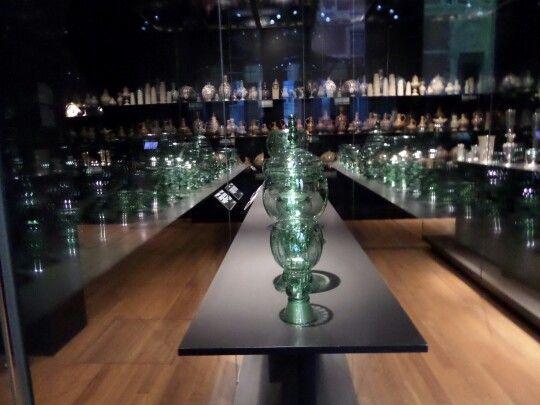 Rijksmuseum  glass