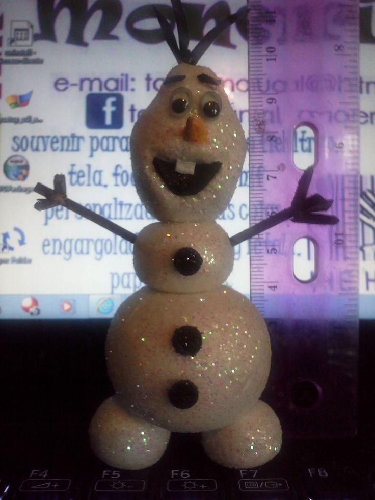Frozen olaf hecho de esferas de unicel modeladas a mano - Bolas gigantes de navidad ...