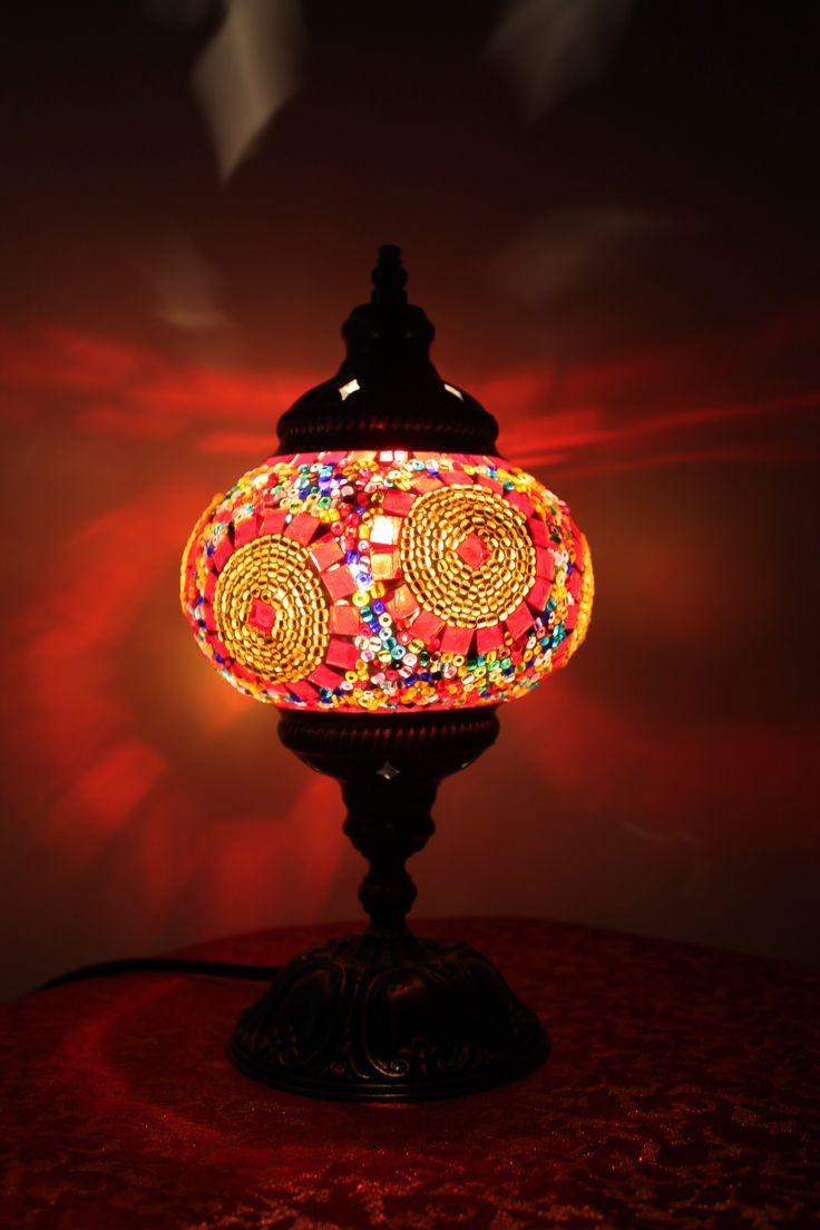 47 best las turcas images on pinterest mosaics glass and lmpara turca elaborada en vidrio de mosaico multicolor pura elegancia table lampturkish geotapseo Gallery
