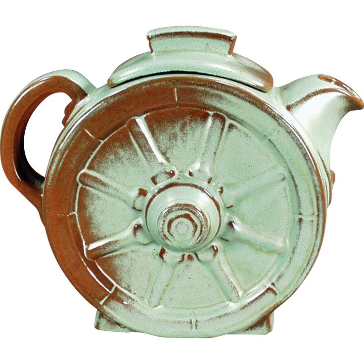 This 6 cup Teapot was made by the Frankoma Potteries of Oklahoma and is in the Wagon Wheel pattern which was first introduced in 1942.For sale Vintage Pottery @rubylanecom #vintagebeginshere #rubylane