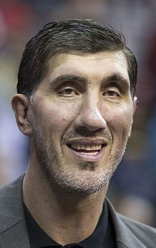 Gheorghe Muresan Former NBA star and also did some acting in commercials and in the 1998 film My Giant with Billy Crystal.(15833043052).jpg