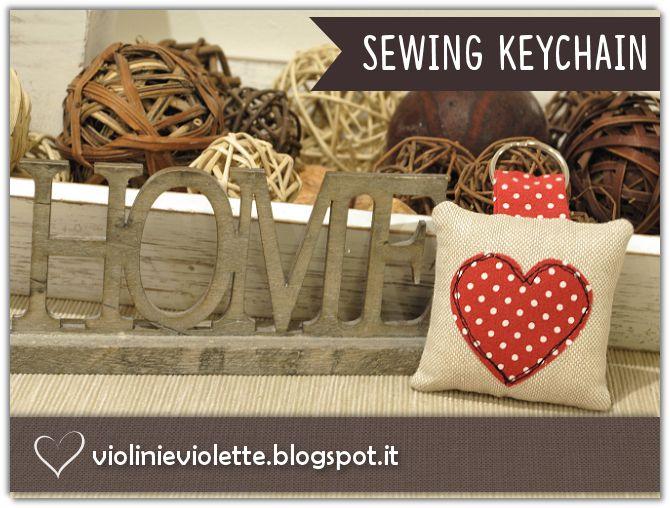 VIOLINI E VIOLETTE: sewing keychain