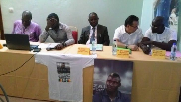 Affaire Albert Ebossè: La famille du footballeur saisit la CAF et la FIFA - 17/12/2014 - http://www.camerpost.com/affaire-albert-ebosse-la-famille-du-footballeur-saisit-la-caf-et-la-fifa-17122014/?utm_source=PN&utm_medium=CAMER+POST&utm_campaign=SNAP%2Bfrom%2BCamer+Post