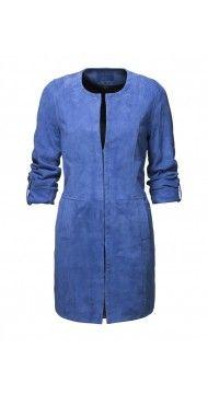 Geklede jas, niet te formeel. Mooi voor zowel werk op broek met smalle pijp (of korte rok of jurk) als casual op een skinny jeans.