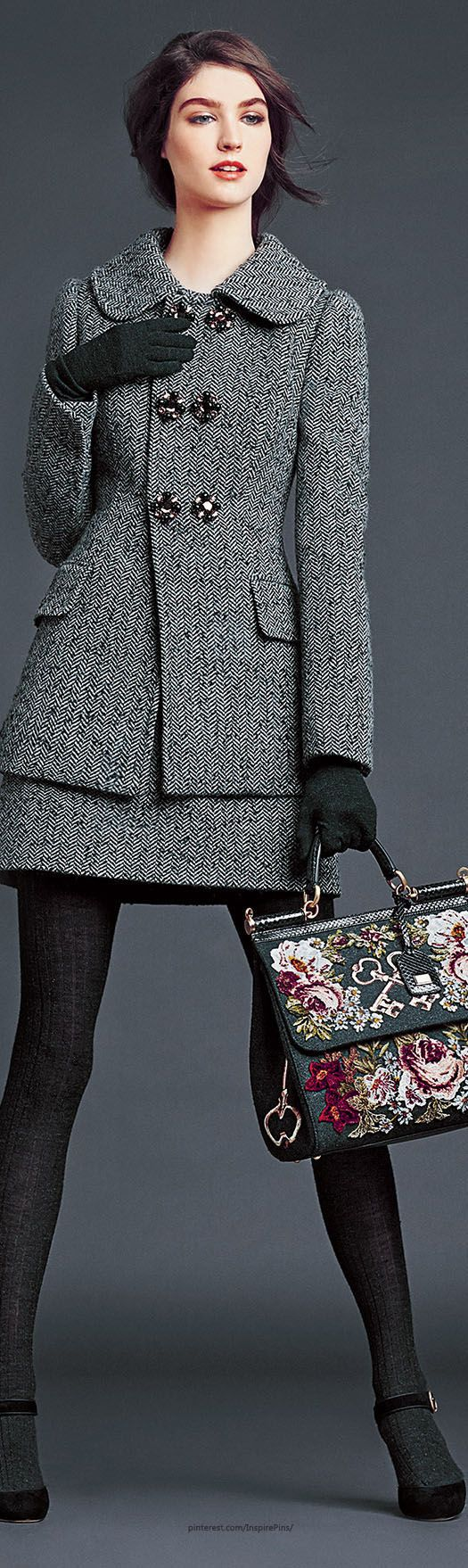 Dolce & Gabbana F/ W 2014-15 -- This outfit could make winter bearable!