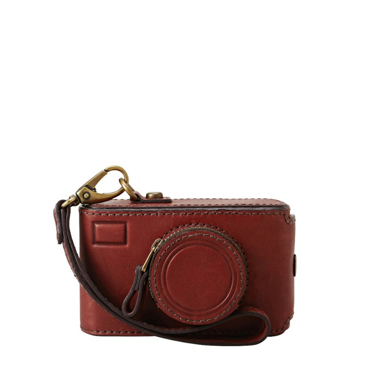 FOSSIL® Accessories Travel:Women Vintage Revival Camera Case SL4084        I NEED this!