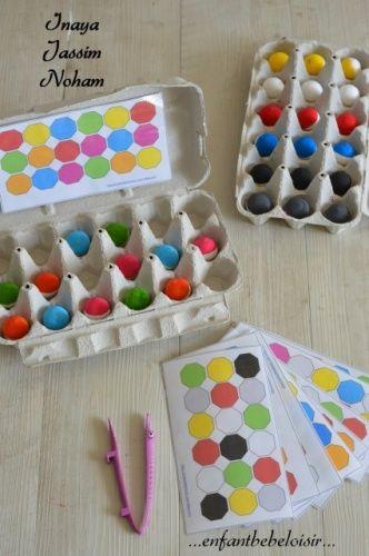 Apprendre les couleurs avec boîte à oeuf