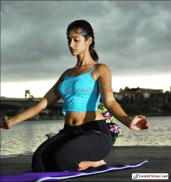 Learn Yoga With Hot Ileana D'Cruz