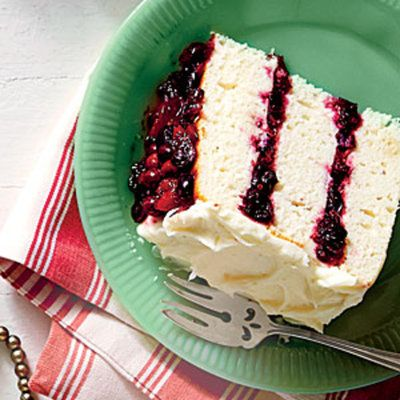 Showstopping Christmas Cakes: White Cake with Cranberry Filling and Orange Buttercream