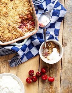 Recipe Cherry Crumble //  Snelle & makkelijke kersen crumble!