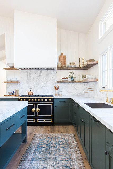 It's hard to imagine this kitchen without the rug tying it all in.