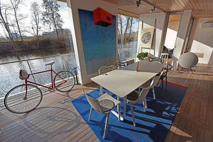 How about exploring #Prague from a deck? There is nothing better than a riverside breeze on a hot summer day. Barge in this airy houseboat and enjoy your time with family.