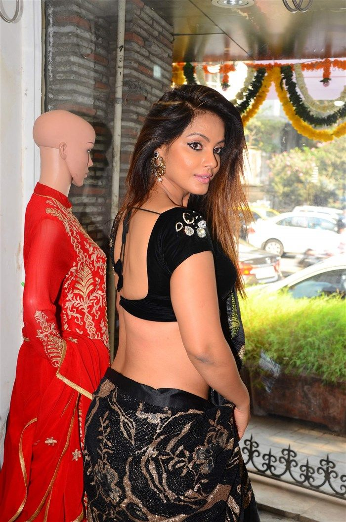 Neetu Chandra Latest Hot Cleveage Spicy Black Low Hip Saree PhotoShoot Images At Sandhya Singhs New Collection Launch ★ Desipixer  ★