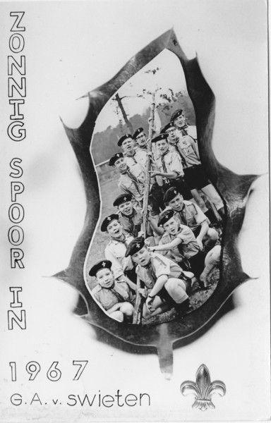 padvinderij 1967 → Een andere groep, maar zulke uniformen hadden we in mijn tijd.