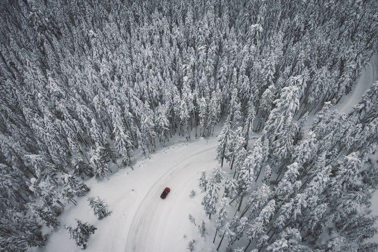 Priznajte sa, kto ešte jazdíte na zimných pneumatikách? Bežte ich čo najskôr vymeniť ;) https://www.bestdrive.sk/blog/stale-jazdite-na-zimnych-pneumatikach/