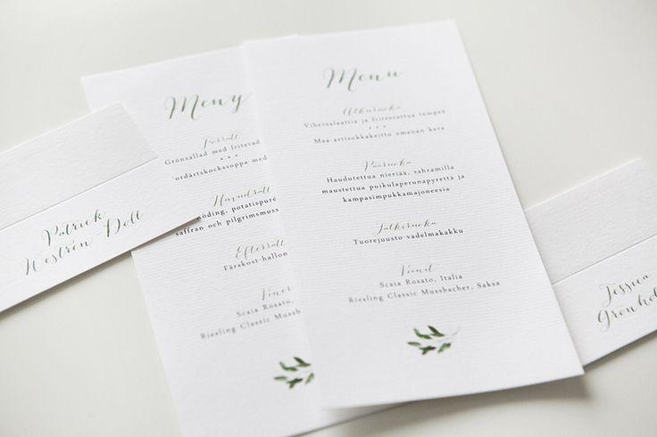 Custom made botanical wedding stationery by www.makeadesign.fi / Greenery wedding theme / Häät / Hääkutsut ja hääkortit