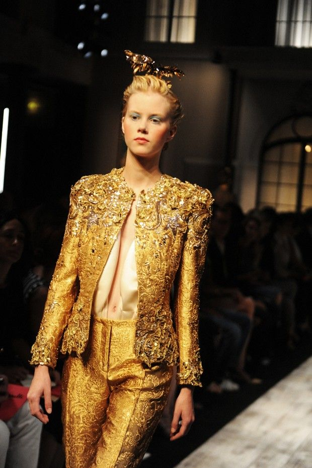Schiaparelli Haute Couture FW15 Paris - Crash Magazine