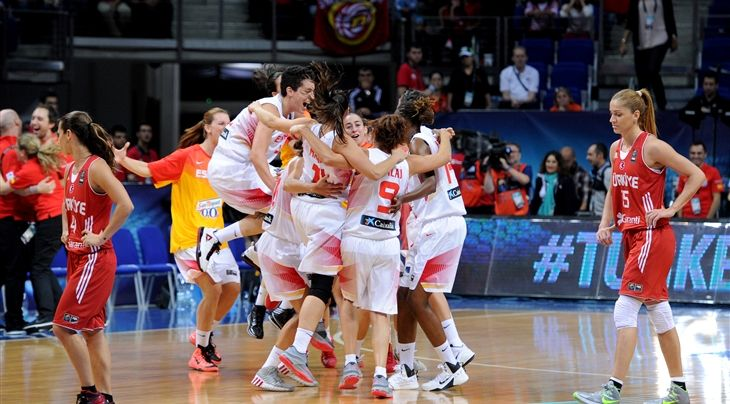 ISTANBUL (FIBA World Championship for Women) - First time finalists Spain will go up against defending champions USA for a place on the top of the FIBA World Championship for Women podium in Istanbul.