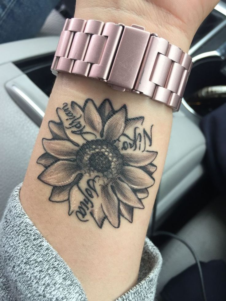 Sunflower tattoo shoulder color new sunflower with my kids name tattoo ideas pin