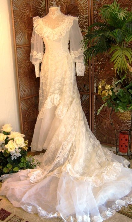 17 best images about southern belle on pinterest for Belle style wedding dress
