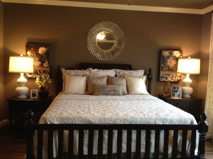 Awesome Pinterest Bedroom Decor With White Bedding And Nightstand ...