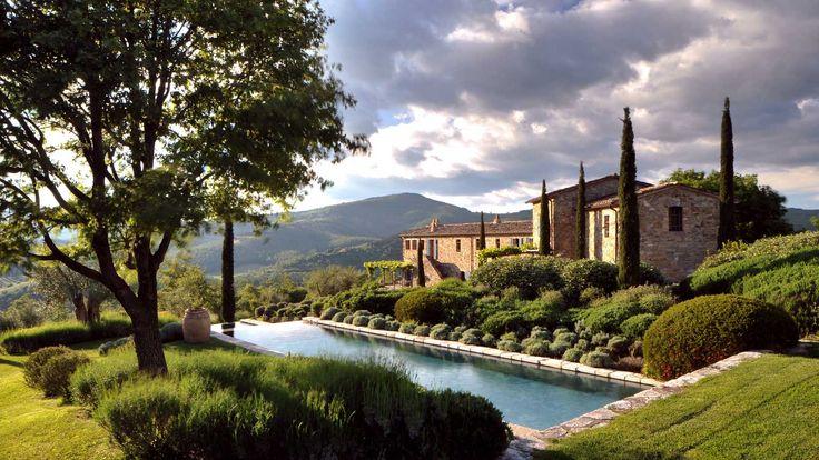 Castello di Reschio :: NOCI