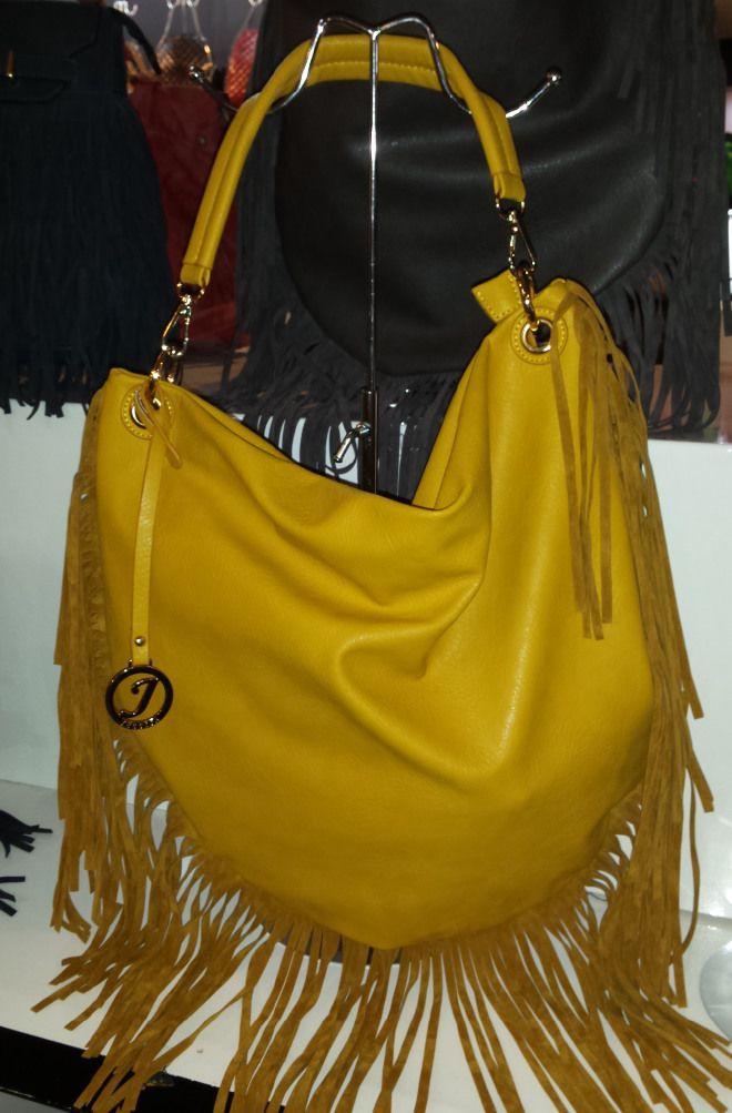 Ladies Faux Leather Fringed Shoulder Handbag borsa frange 40,32 € su www.bandana.it