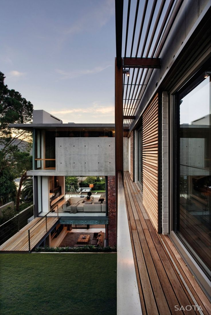 Glen 2961 House by SAOTA and Three 14 Architects | HomeDSGN, a daily source for inspiration and fresh ideas on interior design and home decoration.