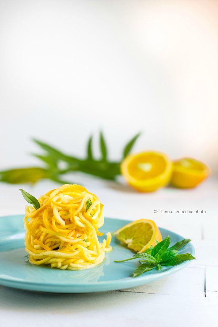 Spaghetti di zucchine gialle raw vegan glutenfree 1