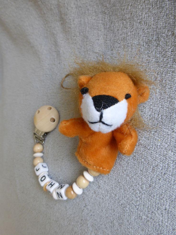 Attache tétine personnalisable, avec prénom, perles blanches et bois naturel, peluche lion : Puériculture par attache-tetine-peluche