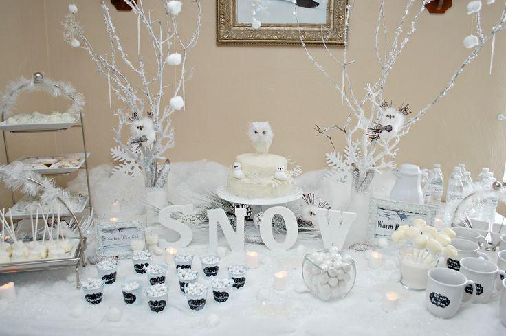 white winter wonderland table