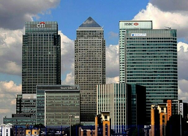 The Canary Wharf tower group - heights from left to right, The Citigroup building 656 feet, Nö1 Canada Square 770 feet, The HSBC tower 656 feet and The Barclays building 512 feet.