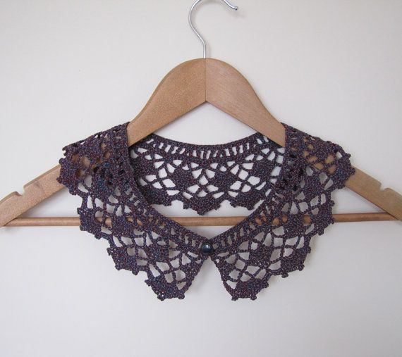 Sorbet Cassis lace crochet collar in burgundy wine, blue and berry