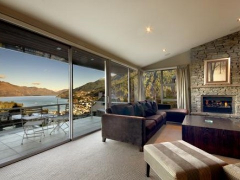 Luxury House in Queenstown & Lakes, New Zealand
