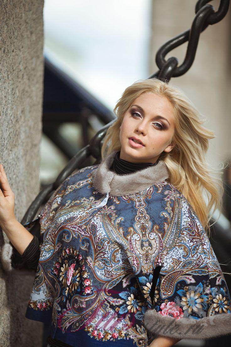 Болеро из павловопосадского платка, воротник и манжеты отделаны норкой серо-голубого цвета от меховой фабрики «Мирослава мех», в интернет магазине furs-style.ru с бесплатной доставкой при 100% оплате. Примерка. Кредит онлайн.