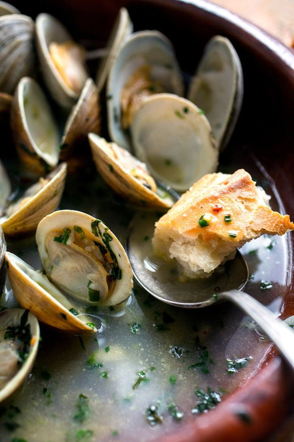 steamed clams with fresh basil recept yummly steamed clams with fresh ...