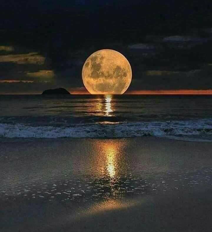 Super moon over Hilton Head, SC