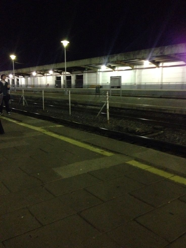 Estación Retiro de noche