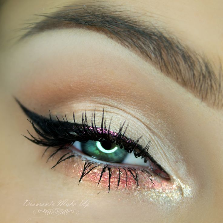 A little bit of glitter is always a good idea. This girly look by Diamante Make Up uses Makeup Geek Signature Eyeshadows in Creme Brulee, Shimma Shimma, Vanilla Bean, and White Lies.