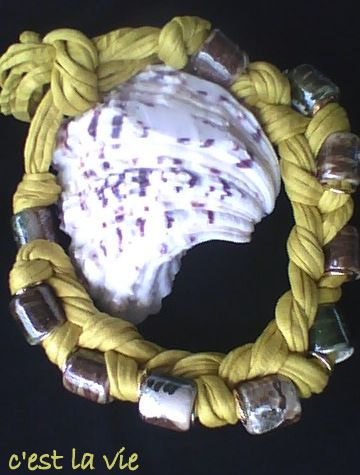 necklace from lycra and ceramic stones