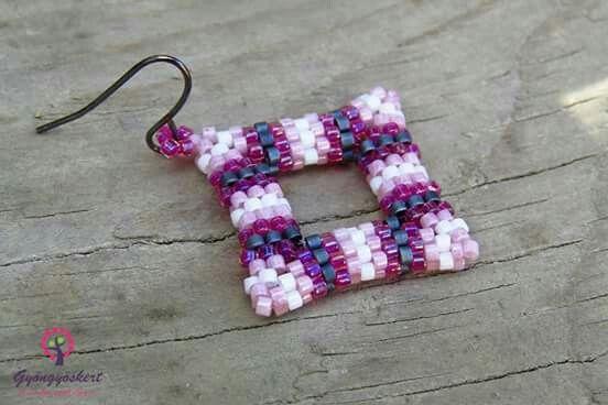 Peyote earring square