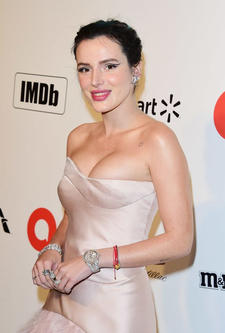 Pin by R8er138 † on Bella Thorne † in 2020 | American