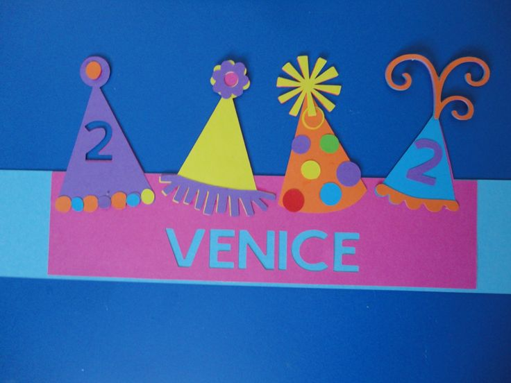 verjaardagsmuts feesthoedjes 2 jarig kindje gemaakt door Karinvl (cricut)